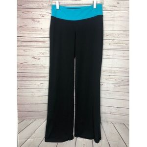 3/$25 Lucy Yoga Pants Flare Leg Size Small